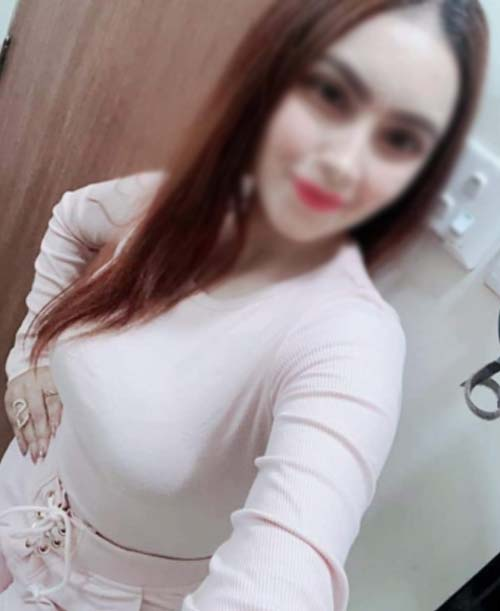 College Call Girl in SUrat